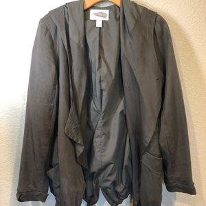 Drapey coat military green